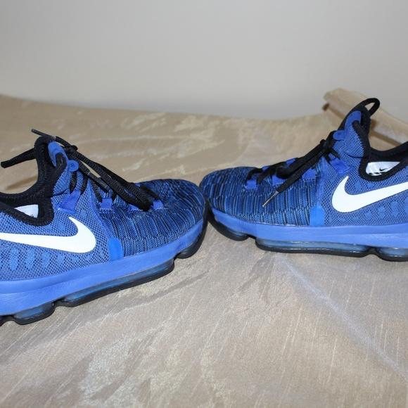 newest c2bbc 2b092 Nike Kids' Grade School Zoom KD 9 Basketball Shoes